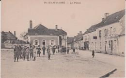 Sarthe :SAINT  JEAN  D '  ASSE  :  La  Place - Francia