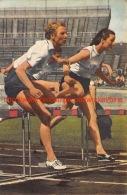 Fanny Blankers-Koen In Duel Met De Engelse Maureen Dyson-Gardner - Athlétisme
