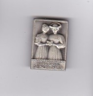 Medaglia - Spilla - HUGUENIN  - IV. KANT. GESANGFEST - BEIDER - BASEL - AESCH 1937 -  (svizzera) - Gettoni E Medaglie