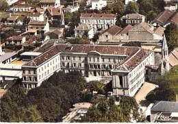 47 - VILLENEUVE SUR LOT : Lycée Mixte Anatole France - Jolie CPSM Dentelée Colorisée GF - Lot Et Garonne - Villeneuve Sur Lot