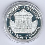 Slowenien/LJUBLJANA Medaille Holy Trinity Church In PP - Slovénie