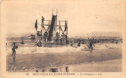 CALVADOS  14    DEAUVILE - LA PLAGE FLEURIE  LE TOBOGGAN - Deauville