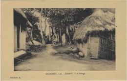 -DAHOMEY - 10-  AFANVI - Le Village - éditions E. R. - Dahomey
