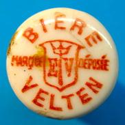 BOUCHON EN PORCELAINE BIERE VELTEN EV MARQUE DEPOSEE ( GRAND LOGO ) - Bière