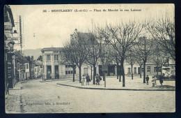 Cpa Du 91  Montlhéry  Place Du Marché Et Rue Luisant  JIP51 - Montlhery