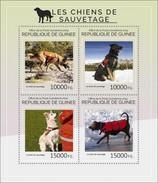 REPUBLIC OF GUINEA SHEET. LES CHIENS DE SAUVETAGE. RECUE DOGS. PERROS DE RESCATE. 2014. PERFORADO NUEVO. - Guinée (1958-...)
