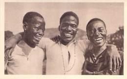 AFRIQUE NOIRE Black Africa - MOZAMBIQUE : Chrétiens Du Nyassa - CPA CPSM PF ( Editeur O.P.F. - Missions Catholiques ) - Mozambique