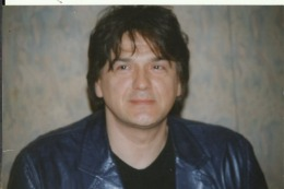 YUGOSLAVIA, BOSNIA, SERBIA, CROATIA, SARAJEVO  --  ZDRAVKO COLIC    --  SINGER  --  2001 - Persone Identificate
