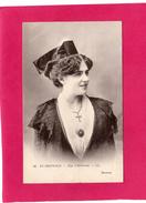 EN PROVENCE, Type D'Arlésienne, Animée, 1913, (L. L.) - Costumes