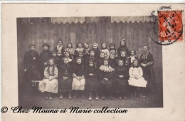 TROYES 1911 AUBE - CLASSE DE FILLES - ECOLE - POUR NULLY PAR DOULEVANT LE CHATEAU HAUTE MARNE - CARTE PHOTO - Troyes