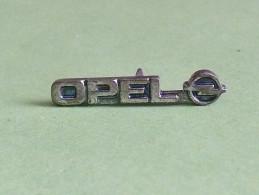 Pin's / Automobile  : Opel        TB2f - Opel