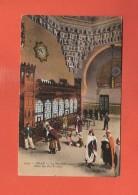 * CPA..ALGERIE  :  ORAN : La Nouvelle Gare - Salle Des Pas Perdus..n°9130  : Voir Les 2 Scans - Oran