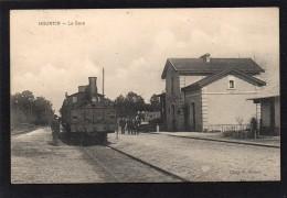 33 HOURTIN LA GARE ENTREE D' UN TRAIN EN GARE CLICHE UNIQUE - Francia
