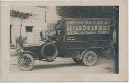 37. CPA Photo. TOURS. Veyssière Labauze, Chiffons, Peaux, Métaux, Commerce. Métier. Camion. Automobile - Tours