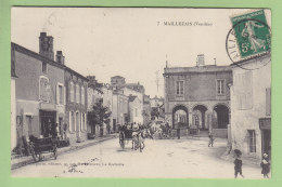 MAILLEZAIS :  Attelage Sur La Place . 2 Scans. Edition Bergevin - Maillezais