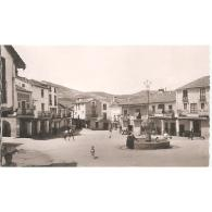CCRTP4080D-LFTD3573.Tarjeta Postal DE CACERES.Edificios,casas,fuente Y PLAZA DEL GENERALISIMO En GUADALUPE - Cáceres