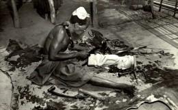 CONGO BELGE. SCULPTEUR BAKUBA (MWEKA) - Congo Belga - Otros