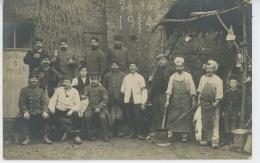 """GUERRE 1914-18 - Belle Carte Photo Militaires """"Groupe 3 - Poste 4"""" Daté 26/10/1914 Avec Chien , Lapin Mort Et Bouchers - War 1914-18"""