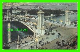 PARIS (75) - LE PONT ALEXANDRE III , LA NUIT - LL. -  ANIMÉE - CIRCULÉE EN 1907 - - Paris By Night