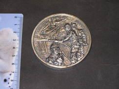 FRANCE- SAPEURS POMPIERS -  Une Medaille - Courage/dévouement/honneur/discipline (une Face)  155gr - Firemen