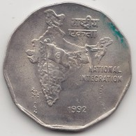@Y@   India  2  Rupee   1992    KM 121.2     (3568) - India