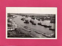 59 NORD, PETIT-FORT-PHILIPPE, Le Port, La Rivière Aa Et Gravelines, Animée, Bateaux De Pêche, 1950, (Gaby) - France