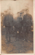 ¤¤  -  Carte-Photo Militaire  -  3 Soldats    -   ¤¤ - Militaria