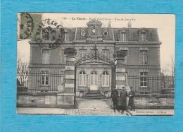 Le Mans ( Sarthe ). - École D'Artillerie - Rue De Joinville. - Militaires. - Le Mans