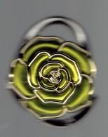 Accroche Sac Repliable En Forme De Rose - Autres Collections