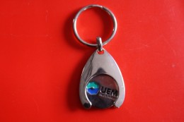 Porte Cle Avec Jeton De Caddie UEM - Key-rings