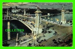 PARIS (75) - LA NUIT,  LE PONT ALEXANDRE III - LL. - CIRCULÉE EN 1907 - - Paris By Night