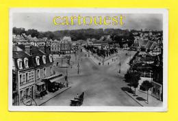 CPA 14 DEAUVILLE Place De La Gare 1949 ( Oblitération Deauville + Fiacre + Suze) - Deauville
