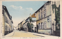 Boulay - Rue Maréchal Foch (petite Animation) Circulé 1938, Provient D'un Carnet - Boulay Moselle