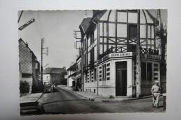 76 : Lillebonne - Boulevard De Lattre De Tassigny ( Société Générale ) - Lillebonne