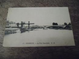 CPA De Soissons - Le Port Gambetta - N°13 - Daté 1930 - Soissons