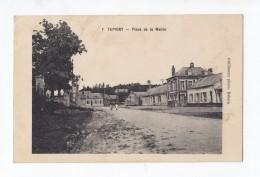 Tupigny, Place De La Mairie, Guillaume Photo N° 1 - Francia