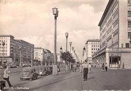 """05032 """"BERLIN - STALINALLEE"""" ANIMATA, VOLKSWAGEN. CART  SPED 1959 - Germania"""