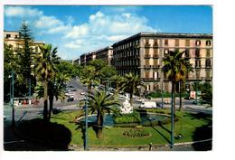 S838 Cartolina Della Campania - Napoli, Piazza S. Annazzaro E Viale Elena + Auto Cars Voitures _ VIAG. 1971 - Napoli