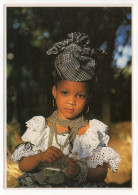 Martinique--Petite Fille En Madras Cpm éd HOA-QUI - Martinique