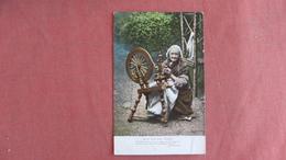 Female On Irish Spinning Wheel  --     Ref 2386 - Europe