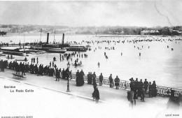 GENF → Zugefrorener See Mit Vielen Schlittschuhläufern Und Den Eingeschlossenen Dampfschiffen, Ca.1900 - GE Geneva