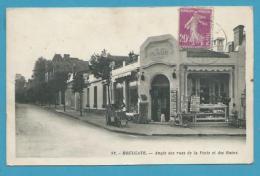 CPSM 82 - Commerce Marchand Cartes Postales Angle Des Rues De La Poste Et Des Bains HOULGATE 14 - Houlgate