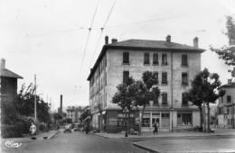 CPSM - LYON (69) - Aspect Du Tabac Au Coin De La Rue Dangon Et De La Place Picard En 1963 - Lyon