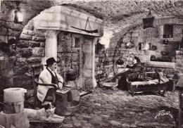 SAINTE-ENIMIE: Le Vieux Logis- Veillée Devant L'Atre - France