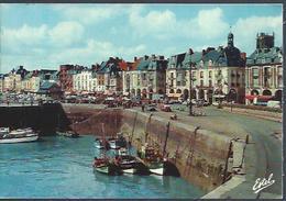 Dieppe (76) : Les Arcades Et Le Quai Duquesne - Dieppe