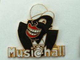 Pin´s MUSIC HALL - DEMONS & MERVEILLES - Music