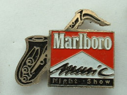 Pin's MARLBORO MUSIC NIGHT SHOW - SAXOPHONE -TABAC - Music