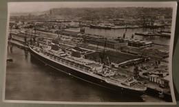 """Photo Pédagogique """"LA PIE"""" : Port Du HAVRE, Avec Un Transatlantique. - Reproductions"""