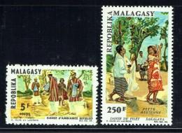 1966  Danseurs Des Régions  ** - Madagaskar (1960-...)