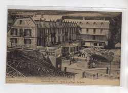 LES GRANDES DALLES - Hôtel De La Plage - Le Jardin - Très Bon état - France